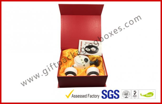Red special paper Magnetic Luxury Gift Boxes with silk paper tray